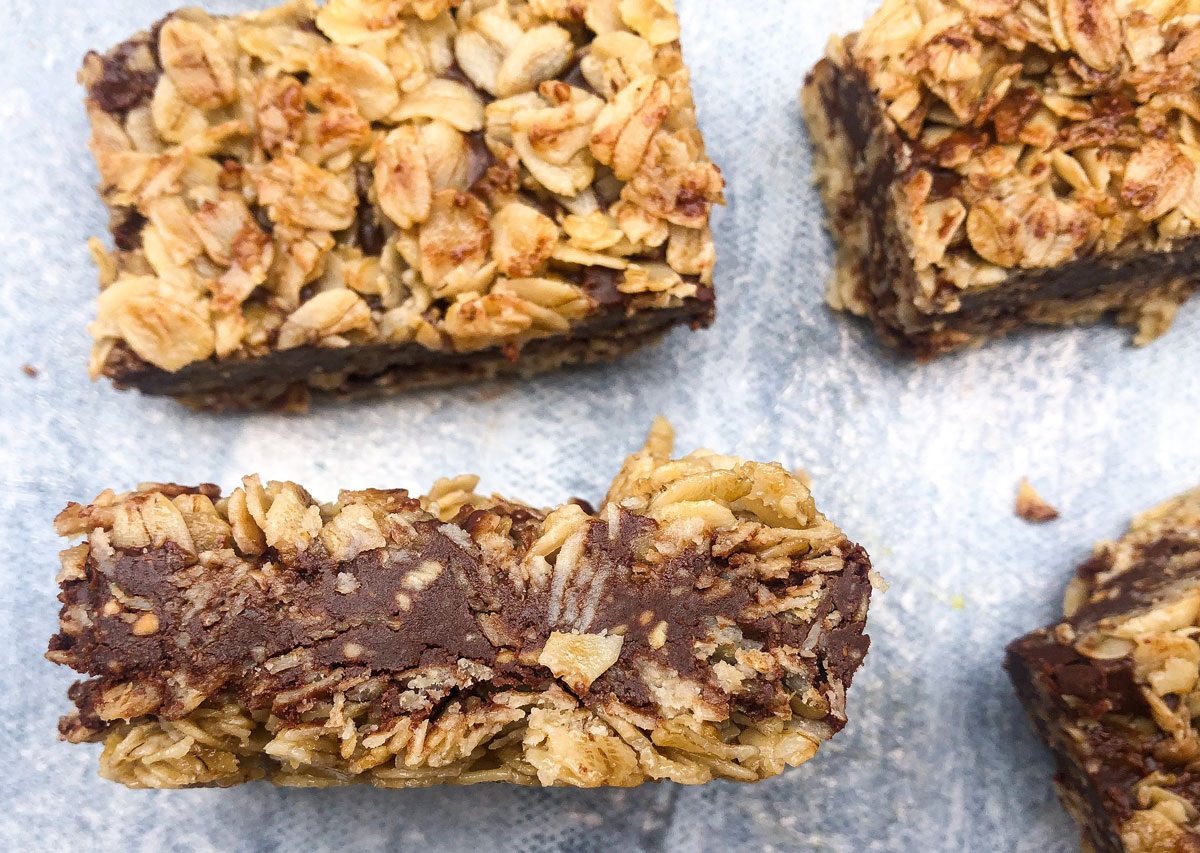 No-Bake PB Fudge Oat Bars