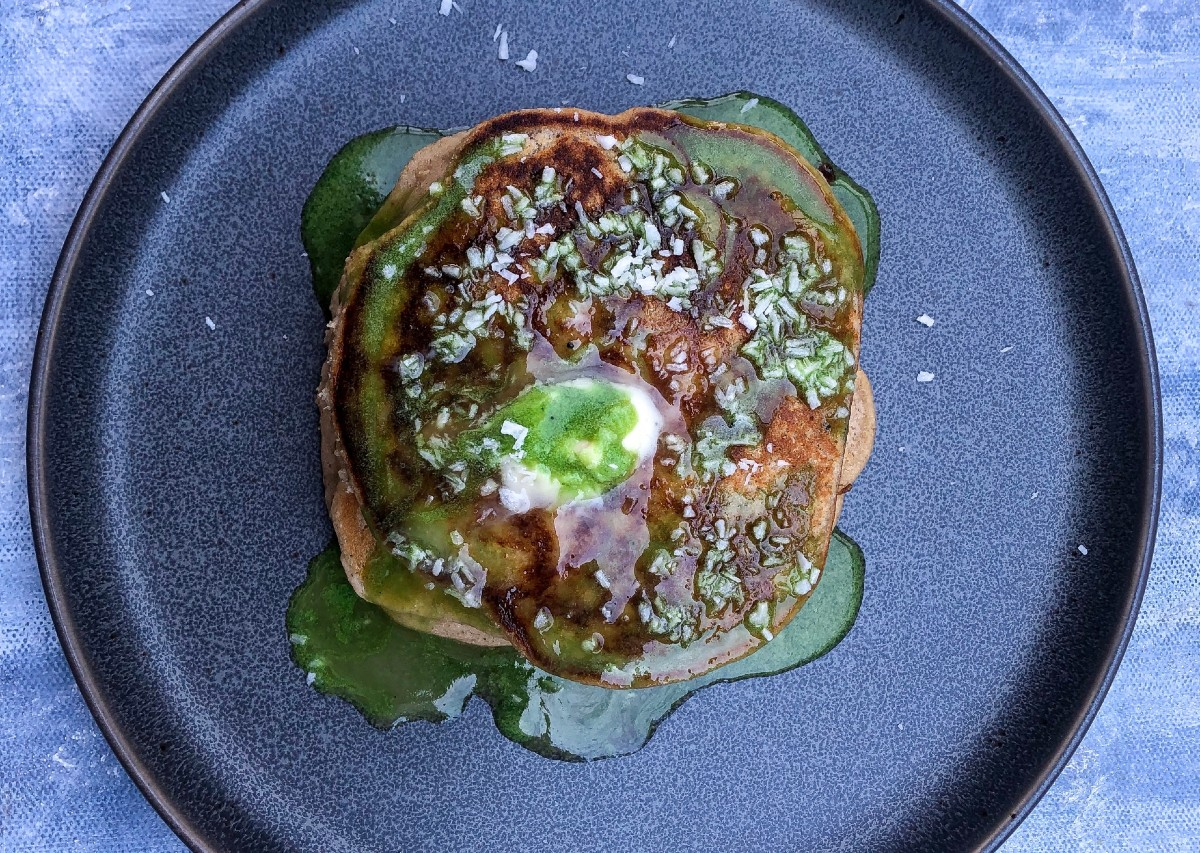 Vegan and Gluten Free Buttermilk Pancakes with Matcha syrup